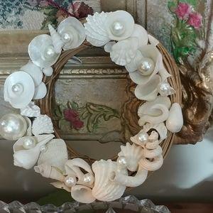 Designer Small Wreath